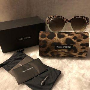 New WIDE Dolce & Gabbana Sunglasses